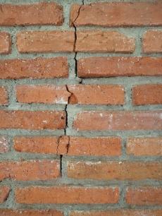 brick-215779_640